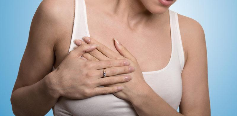 Cuándo se debe realizar un cambio de prótesis de mamas